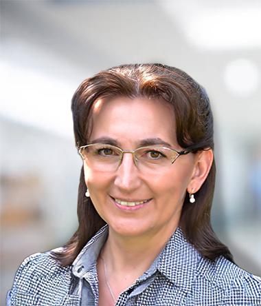 Dr. Nyeste Mónika